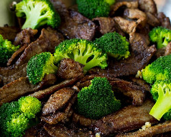 Beef With Broccoli And Garlic